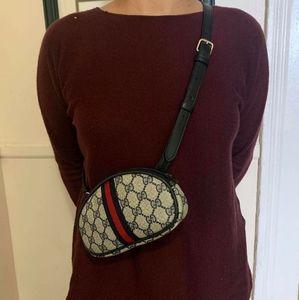 Authentic vintage Gucci belt bag.